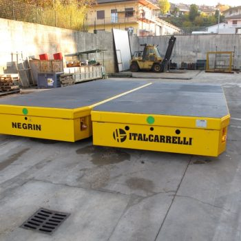 ITALCARRELLI_Self-propelled modular transporter